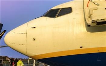 В Игарке «Боинг» не смог взлететь из-за упавшего в обморок пассажира
