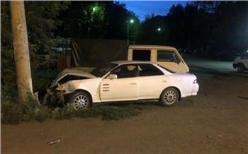 Пьяная жительница Канска угнала «Тойоту» и врезалась на ней в ЛЭП и грузовик