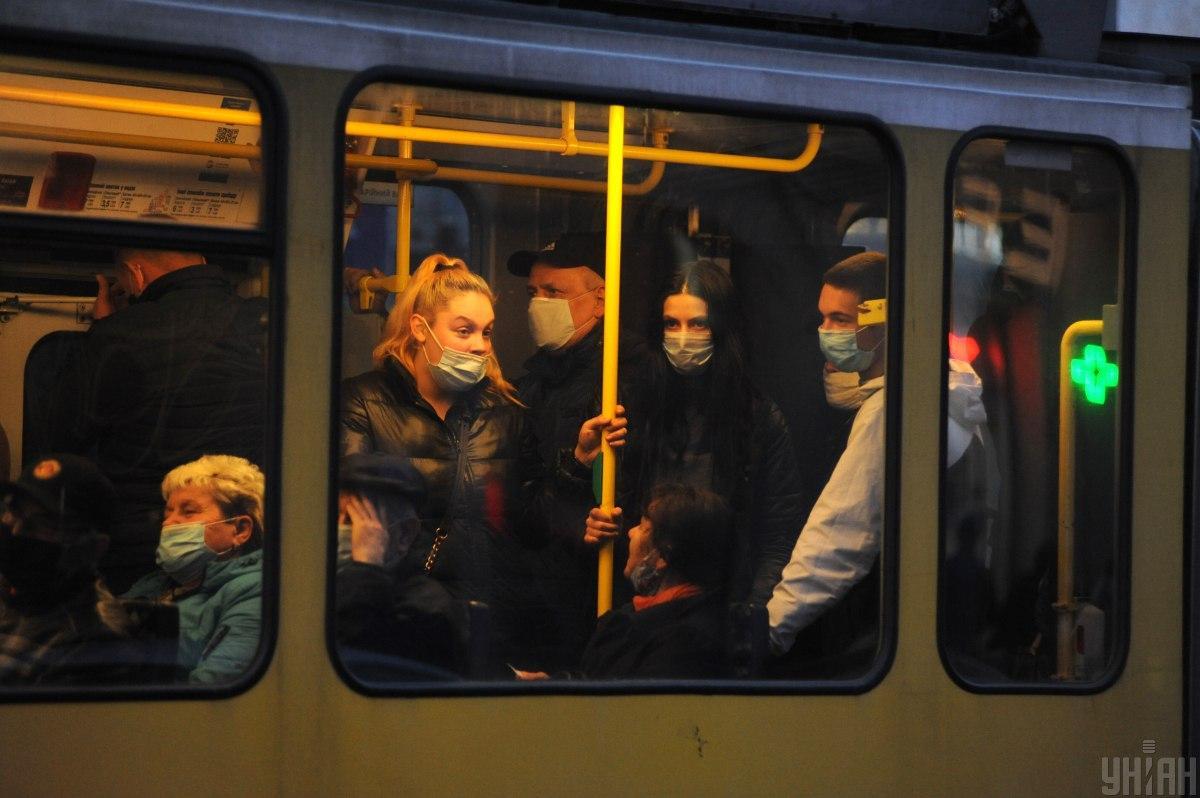 'Трупы будут в приемных отделениях': специалист рассказал, что произойдет, если в Украине ежедневно будет до 20 тысяч больных коронавирусом