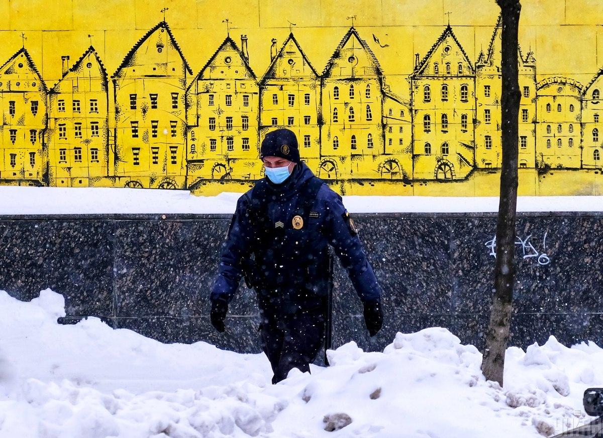 В Украине общее количество инфицирований COVID-19 превысило 1,3 миллиона