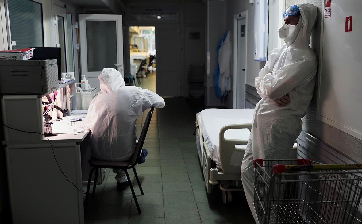За сутки в России от коронавируса умерли 216 человек