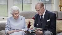 Елизавета II с супругом опубликовали фото в честь 73-летия со дня свадьбы