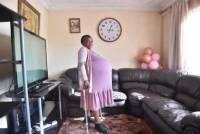 В ЮАР женщина родила сразу десять детей