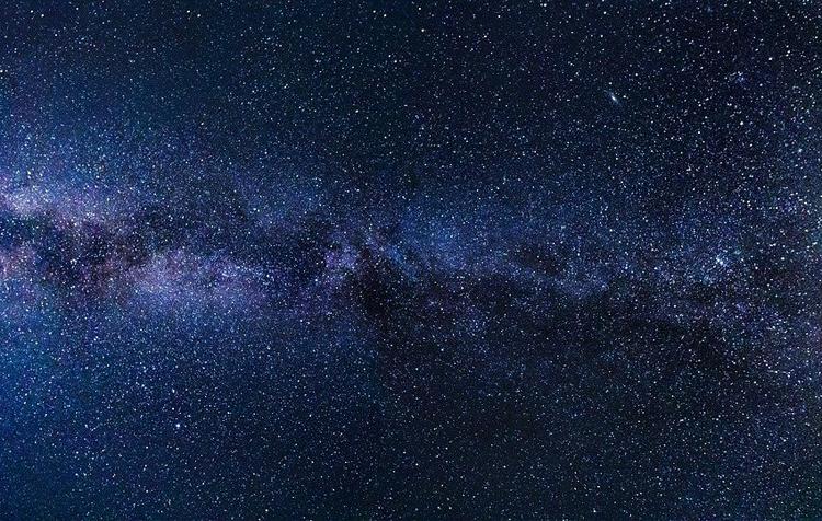 Галактика-ископаемое найдена глубоко внутри Млечного пути