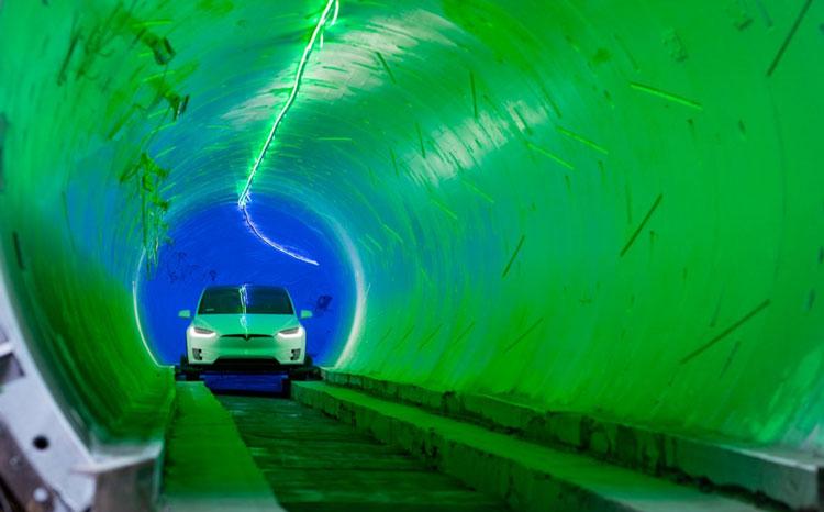 Система «Tesla в тоннеле» под Лас-Вегасом начала перевозить пассажиров — пока что неавтономно и медленно