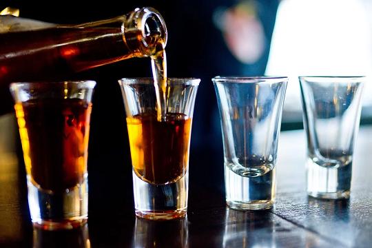 Минпромторг поддержал легализацию онлайн-торговли алкоголем