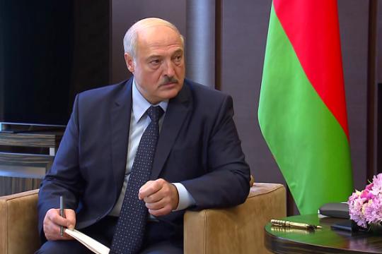 Александр Лукашенко подписал декрет о перераспределении президентских полномочий