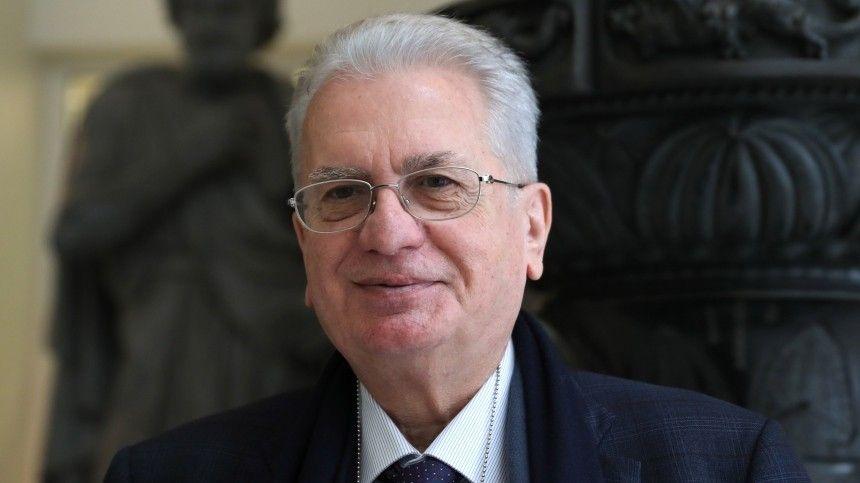«Культура — высочайший символ страны»: гендиректор Эрмитажа принял участие в голосовании по Конституции
