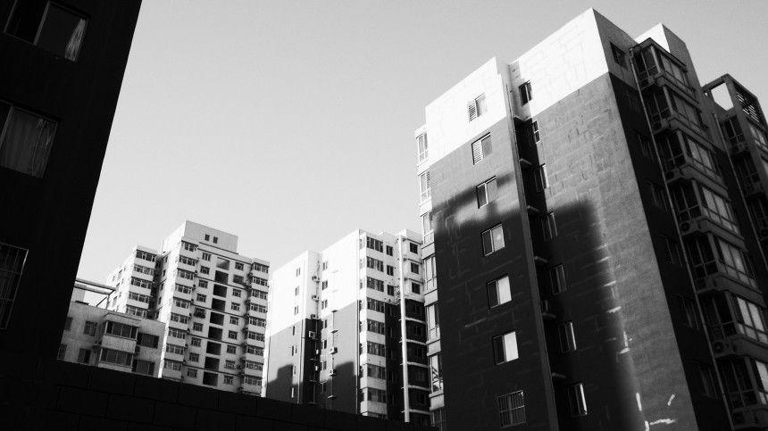 «Нормально было»: мать выброшенного с балкона ребенка-инвалида о происшествии