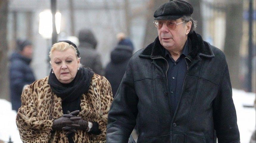 Вдова Баталова отрицает подпись договора ренты с Дрожжиной и Цивиным