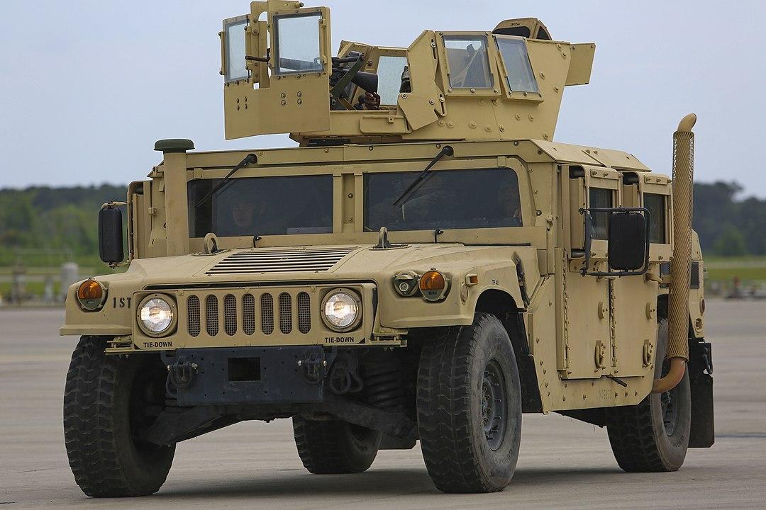 Подрыв американского военного вседорожника показали на видео