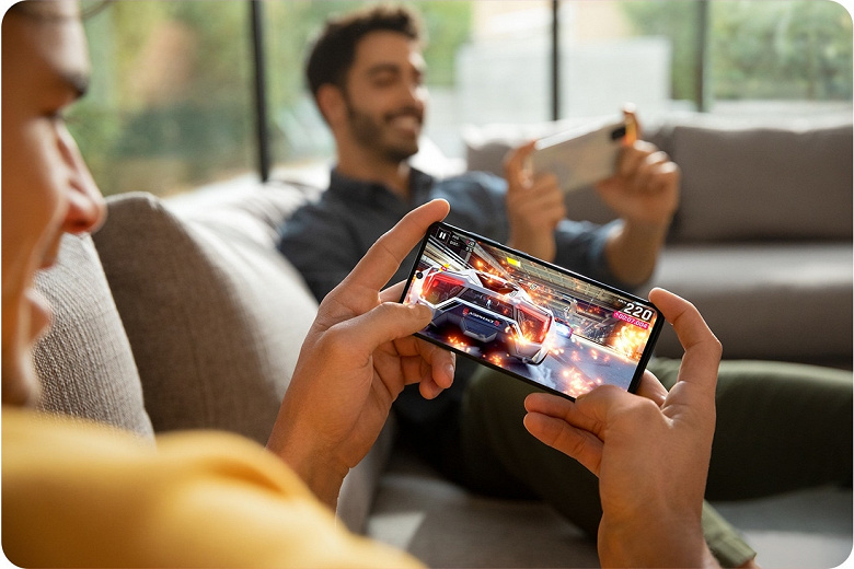 Один из самых популярных в России смартфонов 2020 года: Samsung Galaxy A71 4G получил большое обновление с Android 11
