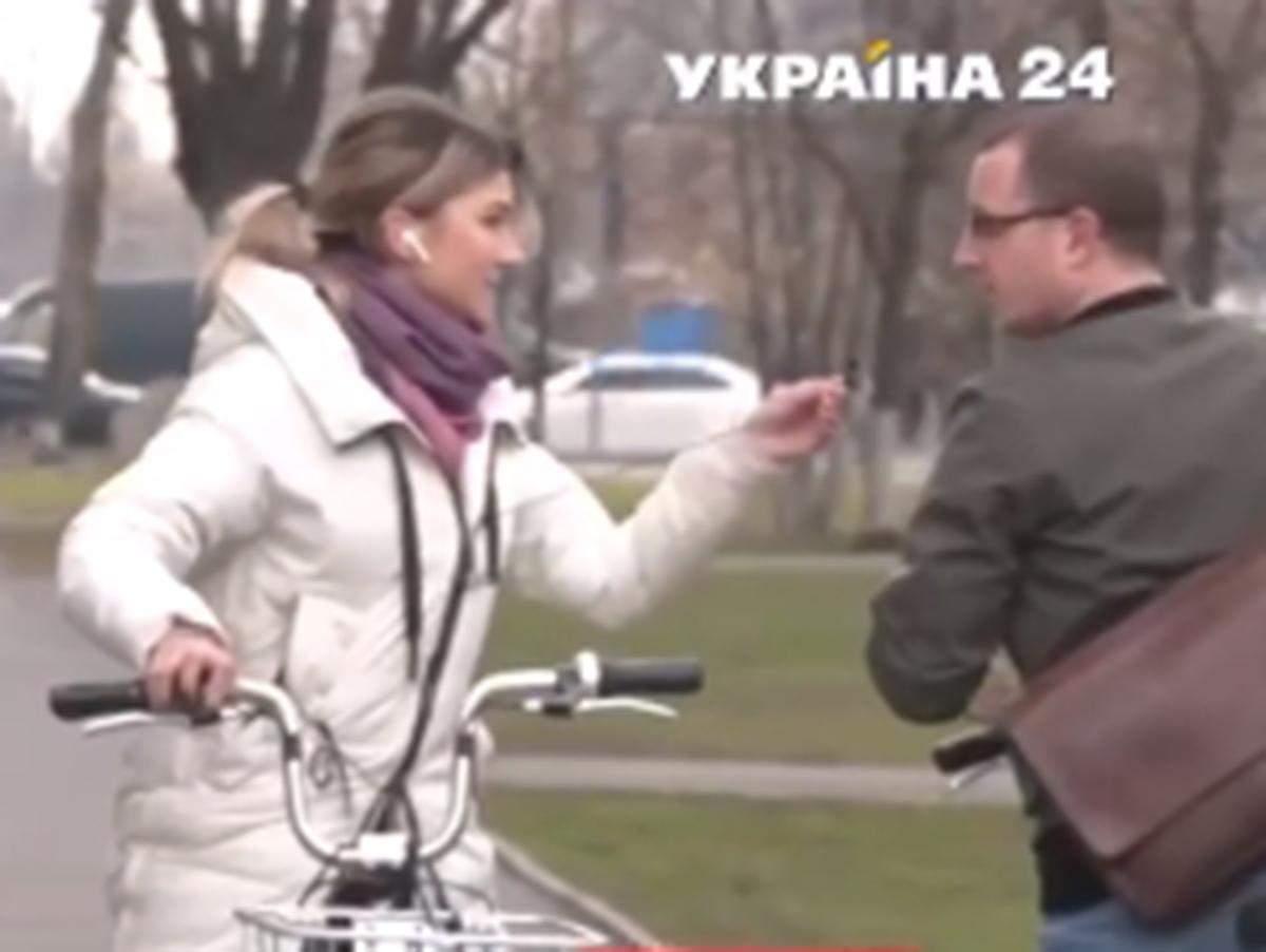 Неожиданный ответ случайного прохожего обескуражил украинскую журналистку