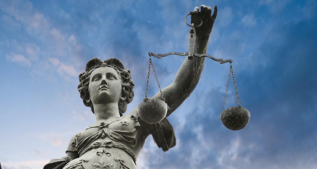 На поляка подали в суд за обнаружение багов в UseCrypt Messenger