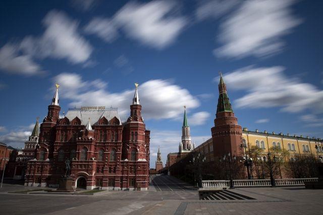 Музеи Московского Кремля возобновят работу для посетителей 3 июля