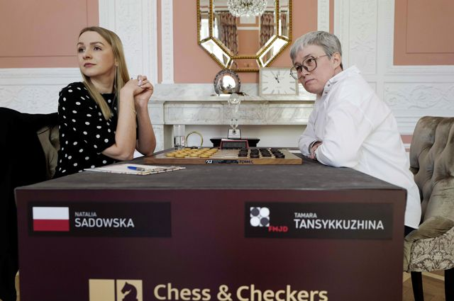 Флаг в руки! Тамара Тансыккужина — чемпионка мира по международным шашкам