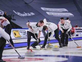 Сборная России победила Канаду на чемпионате мира по керлингу