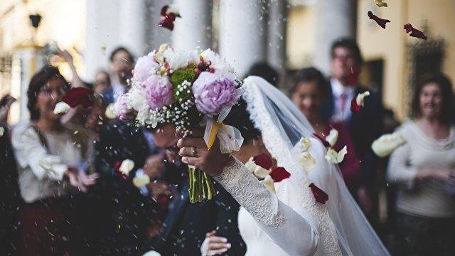 Der Spiegel (Германия): одна свадьба и семь смертей