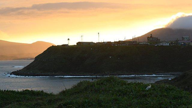 Yahoo News Japan (Япония): олимпийская сборная России по серфингу проводит на «северных территориях» сборы и называет острова родиной. Так российское правительство выражает свою позицию?