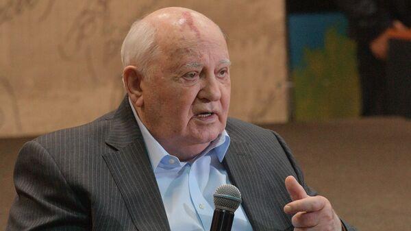 Пушков заявил о 'сокрушительном поражении' по вине Горбачева