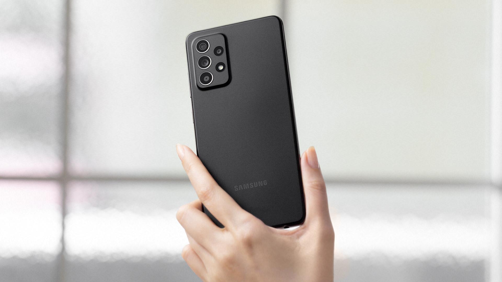 Samsung Galaxy A52 или Galaxy A51. Обновляться или нет?