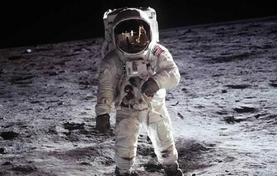 Российские инженеры хотят убедиться, что американцы точно были на Луне. Но как?