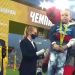 «Зенит» досрочно стал чемпионом России – на награждение Дзюба пришел в костюме Дедпула