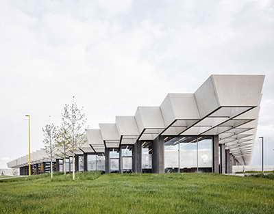 Проведи время с семьей и жди знакомств: нумерологический гороскоп на 3–9 мая