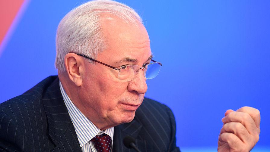 Азаров заявил, что война между Россией и Украиной продлилась бы не больше недели