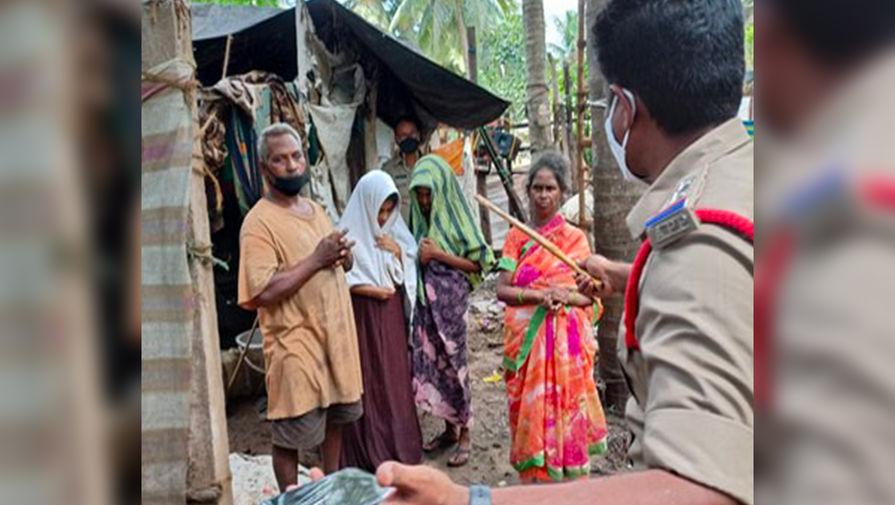 В Индии спасли семью, которая провела в изоляции больше года из-за COVID-19
