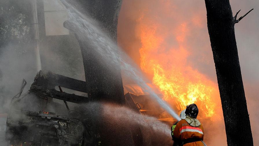 В Нижегородской области росгвардейцы спасли двух детей при пожаре
