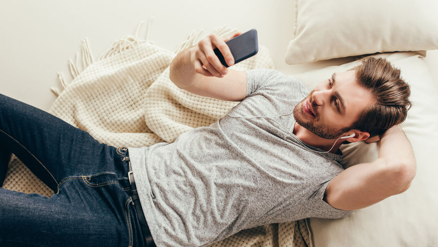 Мировые поставки смартфонов упали почти на 9% из-за пандемии