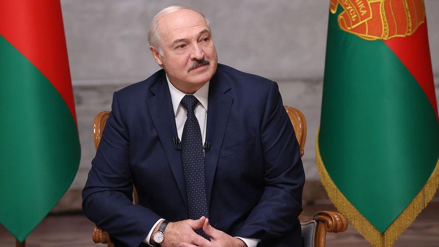 Лукашенко лишил дипломатического ранга ряд экс-послов