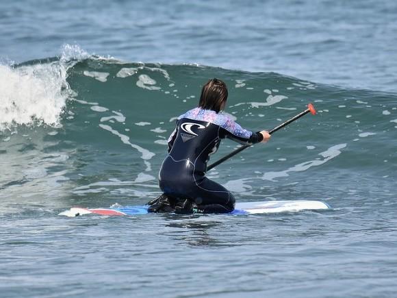 В Петербурге спасли серфингиста с изрезанными винтом пальцами (фото)