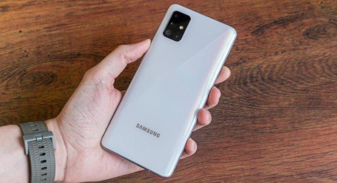 Olympus поможет Samsung создать лучшие камеры для Galaxy S22