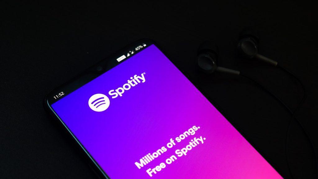 Приложение Spotify запустит тариф с высоким качеством звука