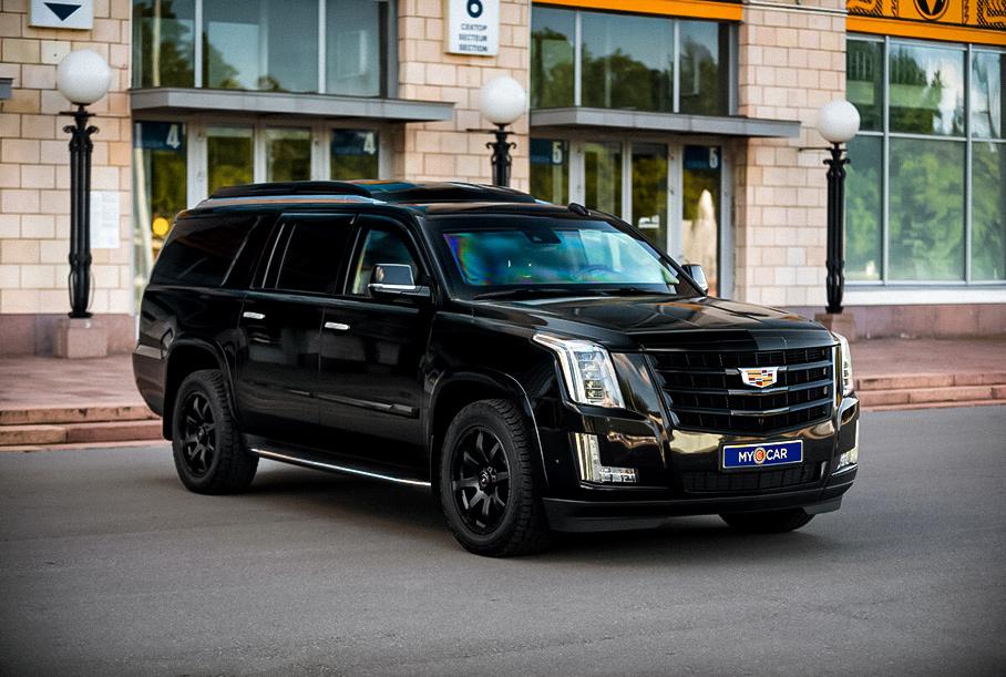 В Москве продают продают бронированный Cadillac Escalade за 14,6 миллиона рублей