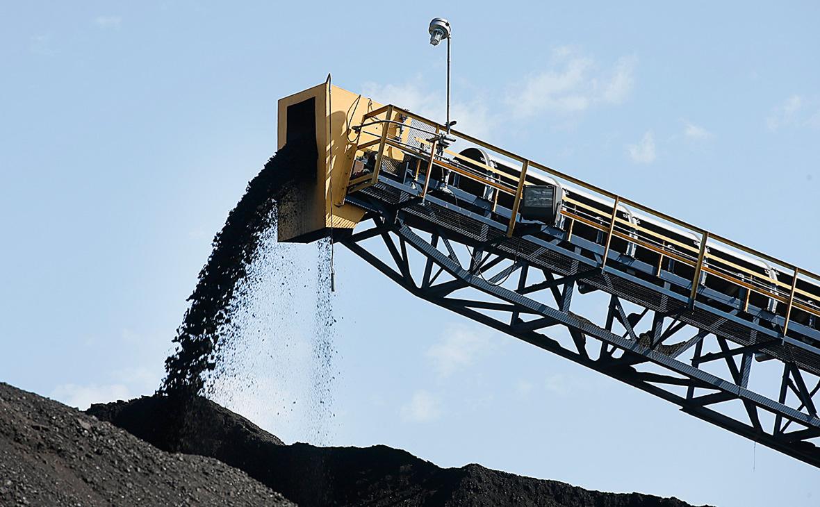 Компания Худайнатова выиграла аукцион на угольный разрез «Богатырь»