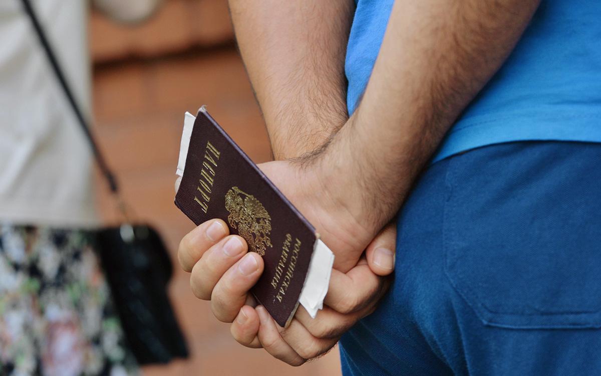 МВД назвало сроки получения новых паспортов