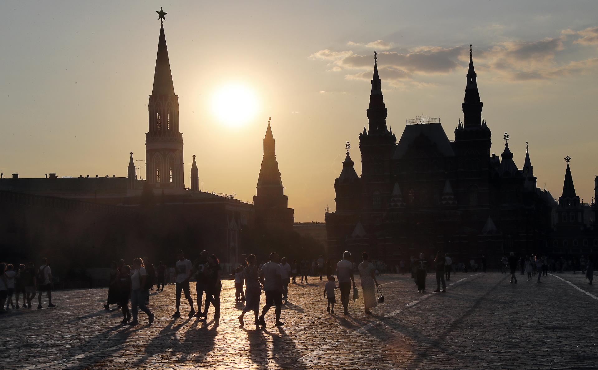 От «африканского зноя» до «обвала холода». Рекорды жары в Москве