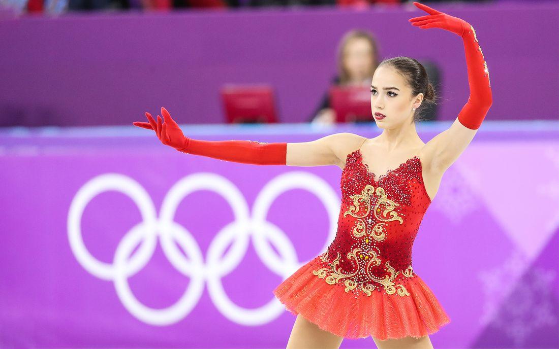 Дизайнер платья Загитовой ответила на обвинения олимпийской чемпионки Баюл в плагиате