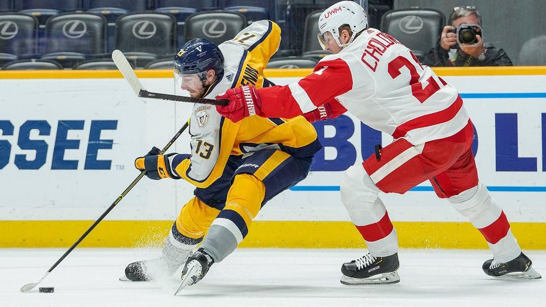 Американцы увидели шикарный трюк русского хоккеиста. Перед голом Тренин пробросил шайбу себе между ног: видео