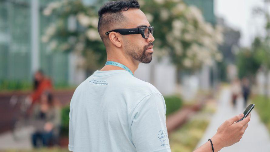 Facebook выпустит «умные» очки под брендом Ray-Ban в 2021 году