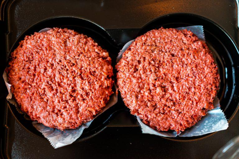Производитель искусственного мяса Impossible Foods готовится выйти на биржу с оценкой в $10 млрд