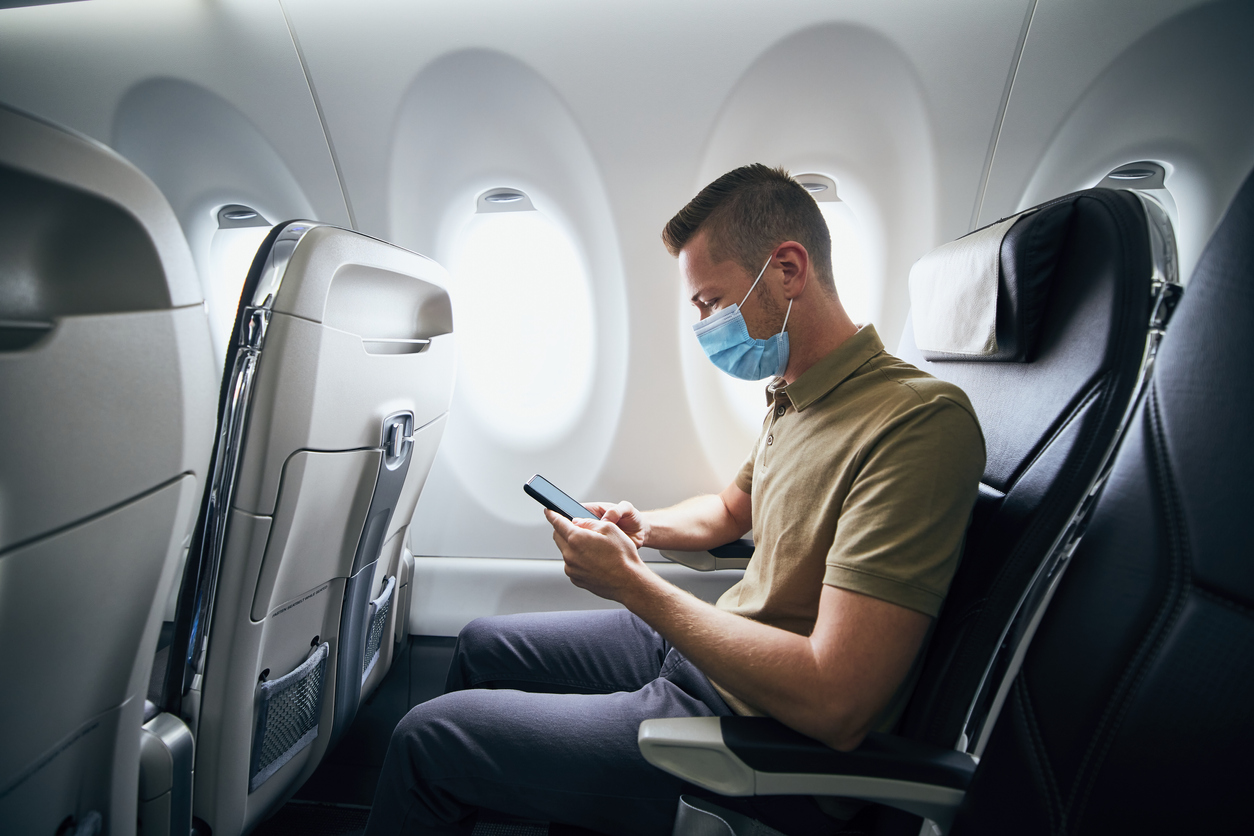 Starlink ведет переговоры с авиакомпаниями о раздаче Wi-Fi в самолетах