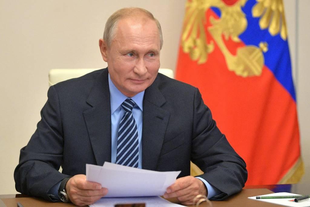 Владимир Путин поздравил Ёсихидэ Сугу с избранием на пост премьера Японии