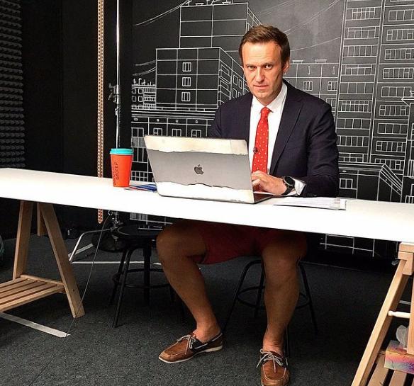 ФСИН подала иск о замене Навальному условного срока на реальный по делу 'Ив Роше'